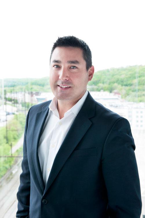 Corey Gee : CEO